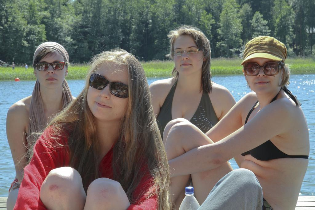 Free Finnish Language Exchange App: Make Friends + Learn Finnish!