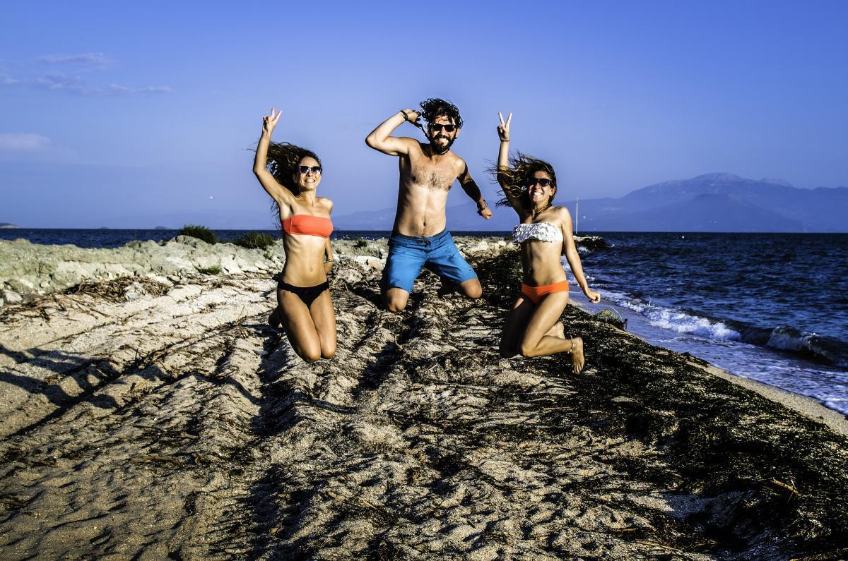 Free Greek Language Exchange App: Make Friends + Learn Greek!