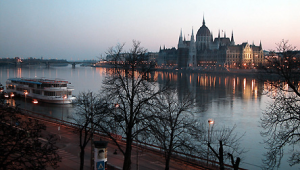 Learn Hungarian Phrases Essential for Travel, Free from BBC Languages